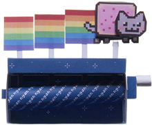 "Papercraft imprimible y recortable del Diorama del videojuego ""Nyan Cat Mavhine"". Manualidades a Raudales."