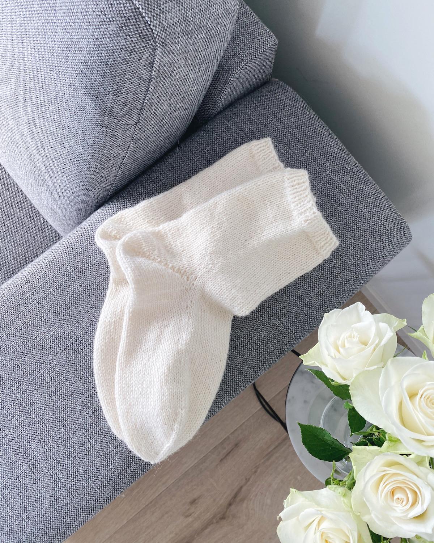 sokk med boomeranghæl