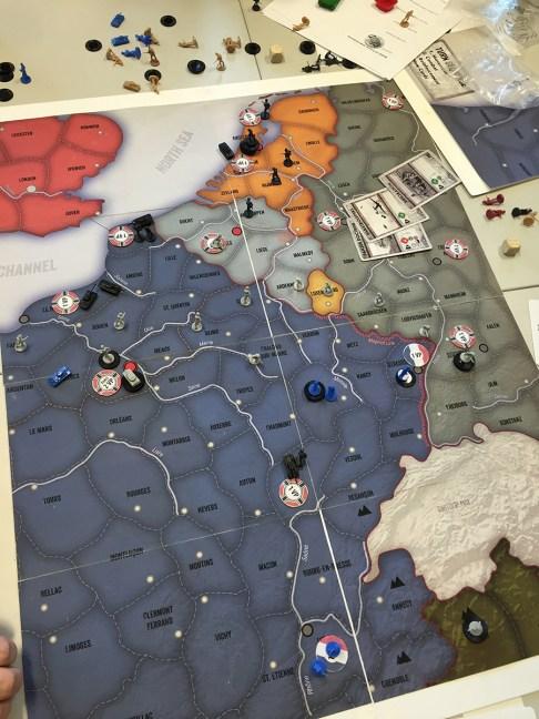 De allierte har måttet gi tapt for den tyske overmakten helt på tampen