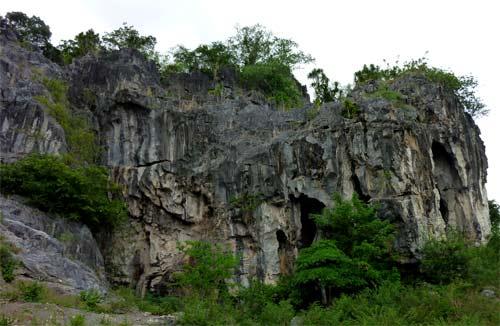 Kampots Caves