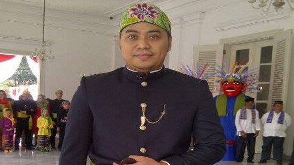Sentuhan Bisnis Sewa Busana Betawi a la Abang Jakarta