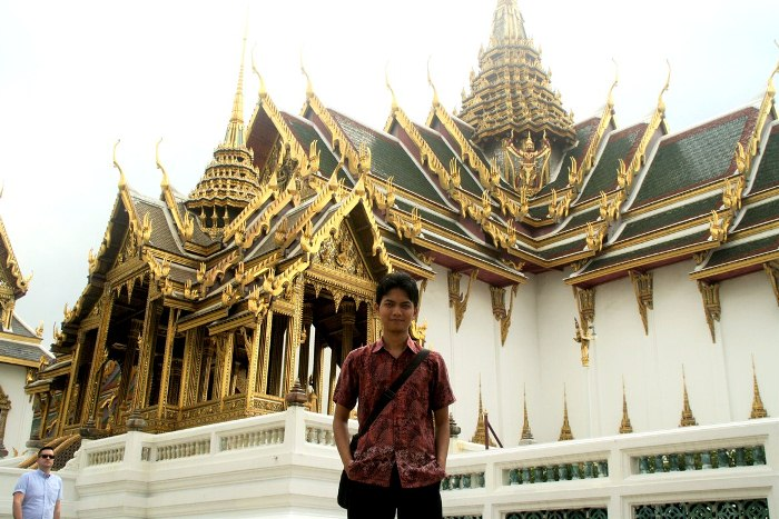 Kholid Rosyidi Muhammad Nur: Mengangkat Derajat Ilmu Keperawatan