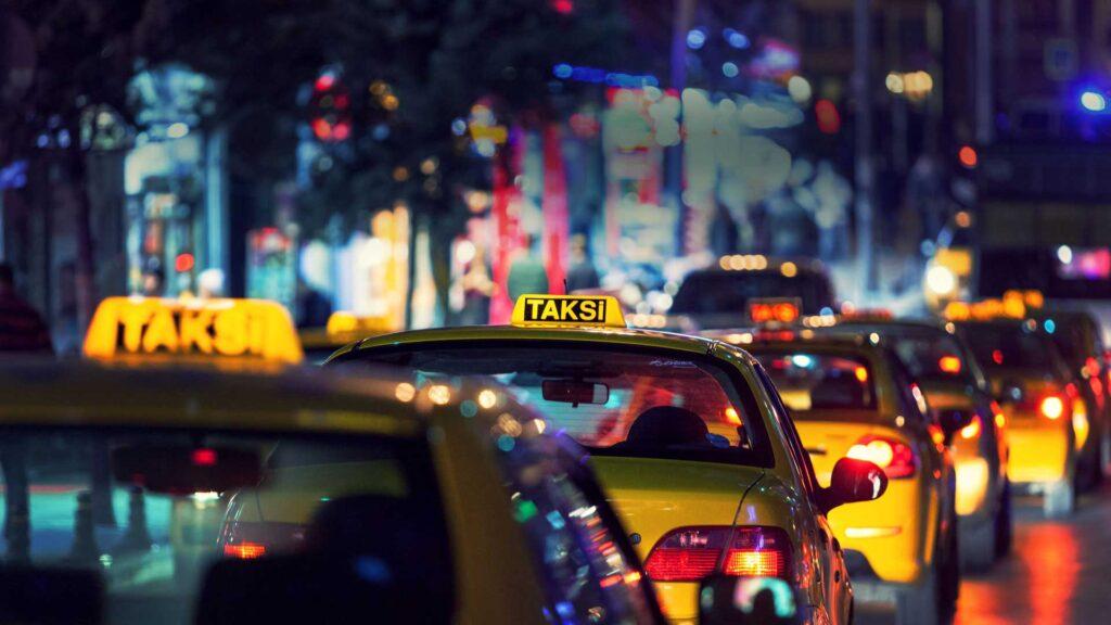 Son Dakika: Uber yasağı kaldırıldı!