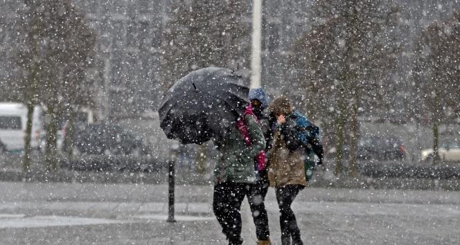 Meteoroloji duyurdu: 'İstanbul'da kar kalınlığı 30 santimetreye çıkacak'