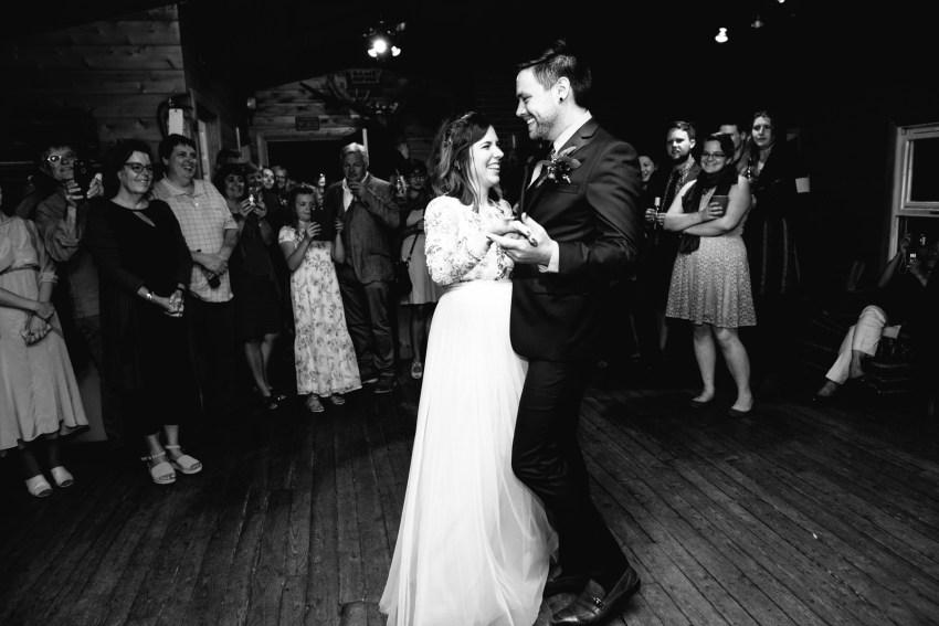 086-oakland-farm-lodge-wedding-kd2017-kandisebrownphotographer
