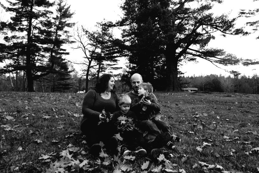 006-fredericton-fall-family-portraits-photography-kandisebrown-bf2017