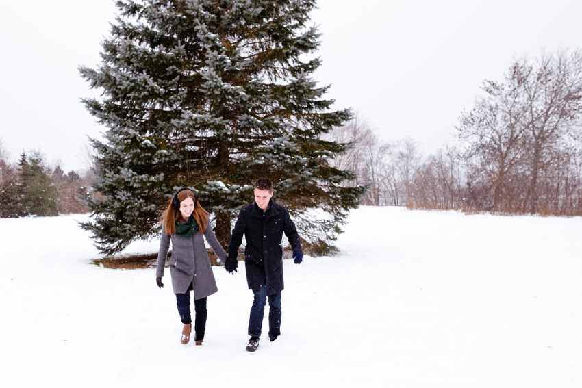 001-snowy-engagement-portraits-fredericton-kandisebrown