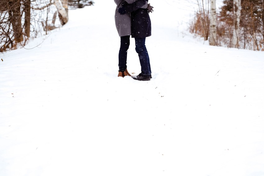 008-snowy-engagement-portraits-fredericton-kandisebrown