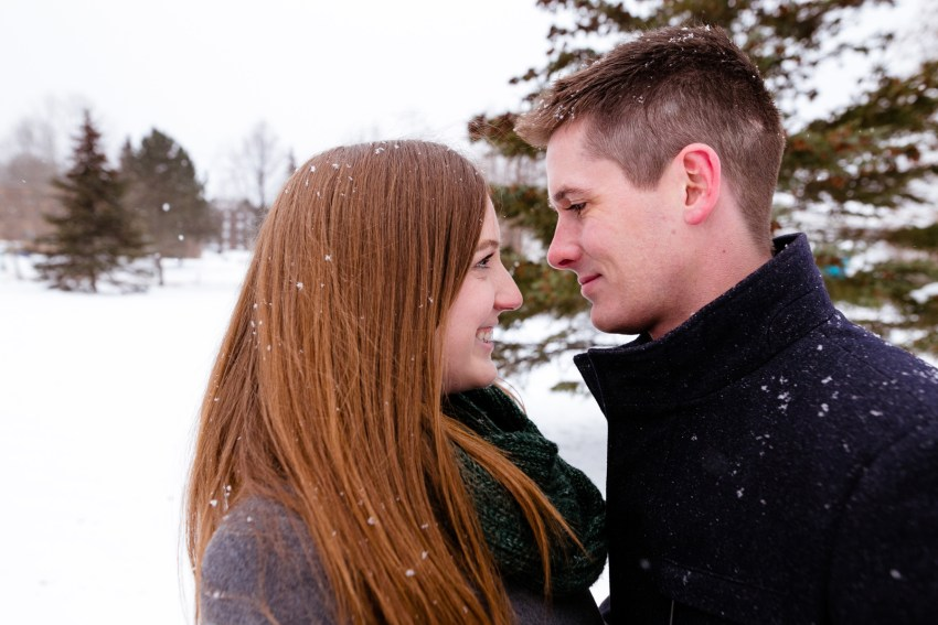 011-snowy-engagement-portraits-fredericton-kandisebrown