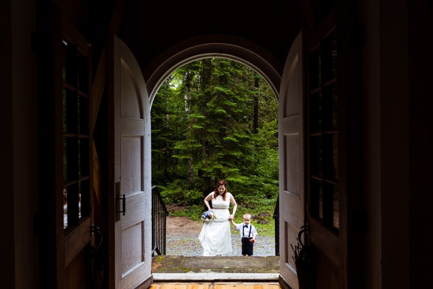 tiki-themed-wedding-st2019-kandise-brown-photographer-19