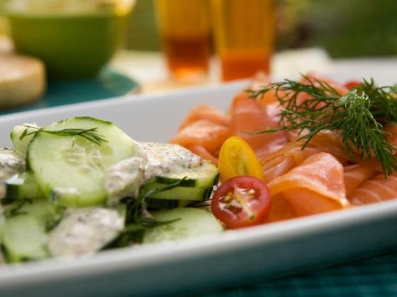 Watecress and Smoked Salmon Salad with Bobby Flay- Cooking Channel