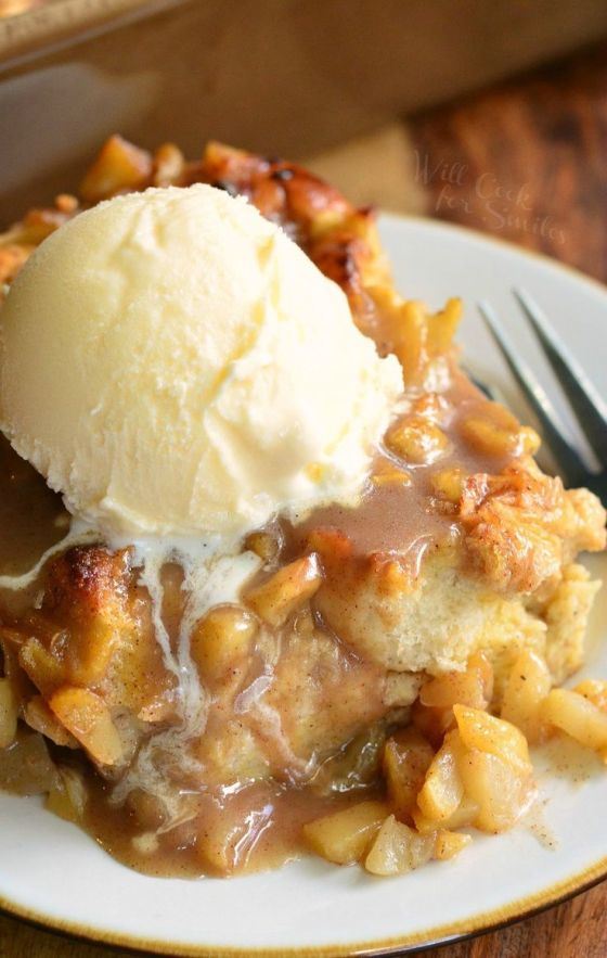 Warm Apple Pie Bread Pudding-Image- Will cook for food