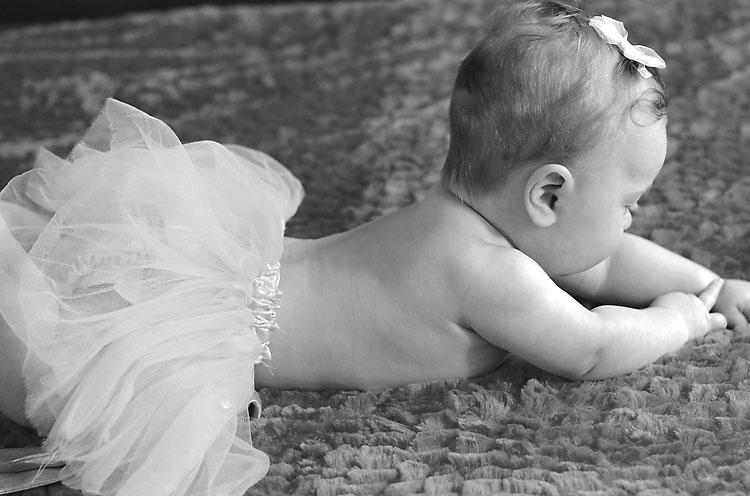 Arabella-baby-valentine-portrait-knoxville-22