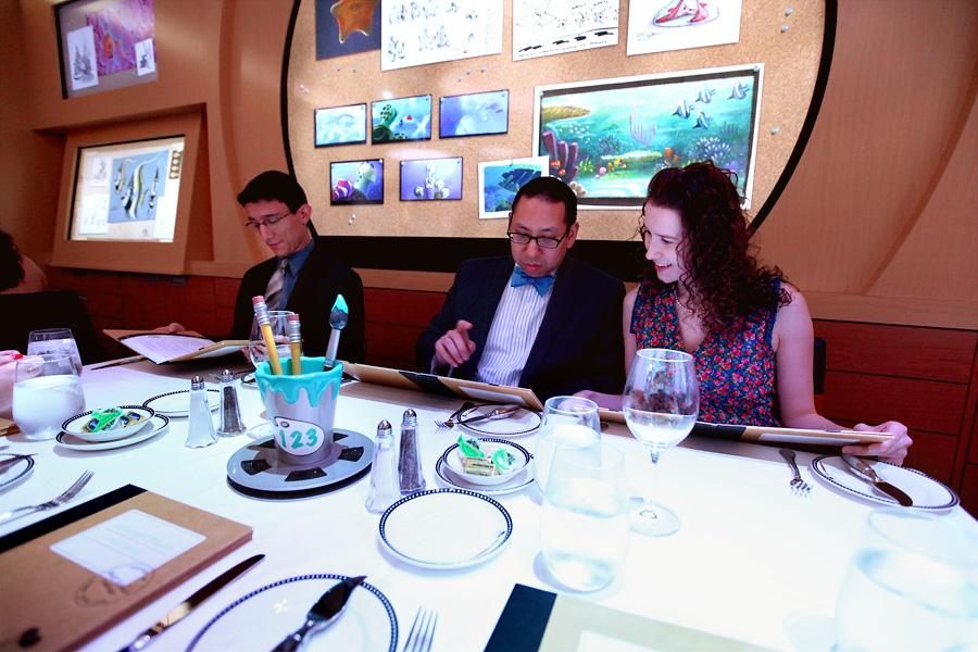 Disney-Dinner-Tablemates