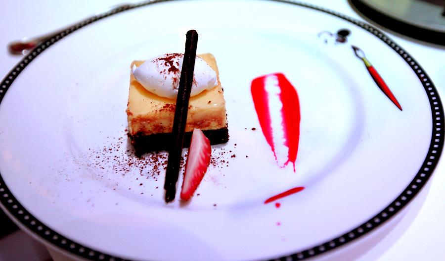 white-chocolate-brownie-cheesecake
