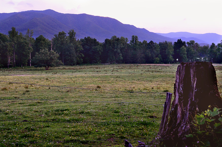 Cades-Cove-by-Moonlight-2
