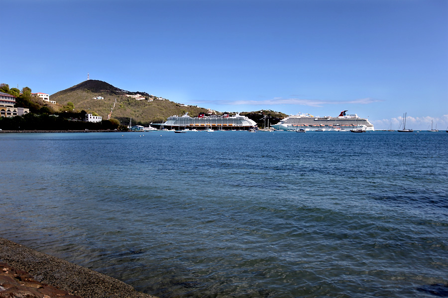 Saint-Thomas-Cruise-Ship-Port