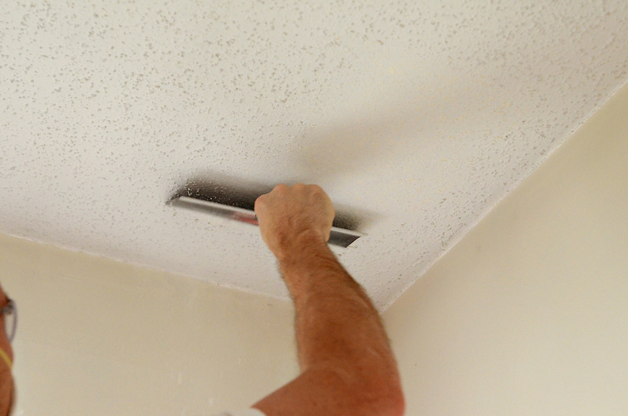 Scraping-Ceiling-1