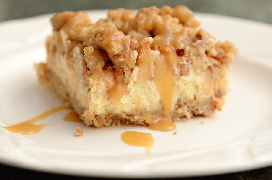 caramel-apple-cheesecake-bar-2