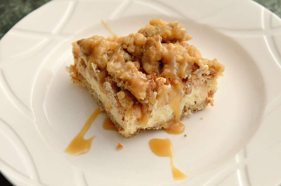caramel-apple-cheesecake-bar-3