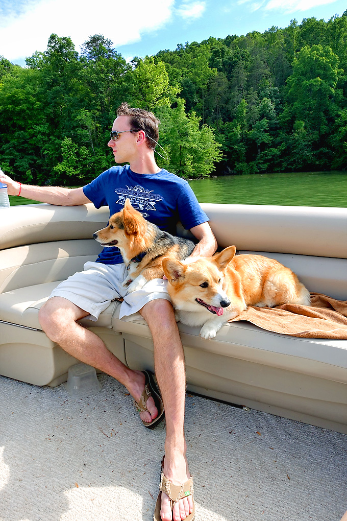 Memorial-Day-Boat-Ride-Pembroke-Corgi-02