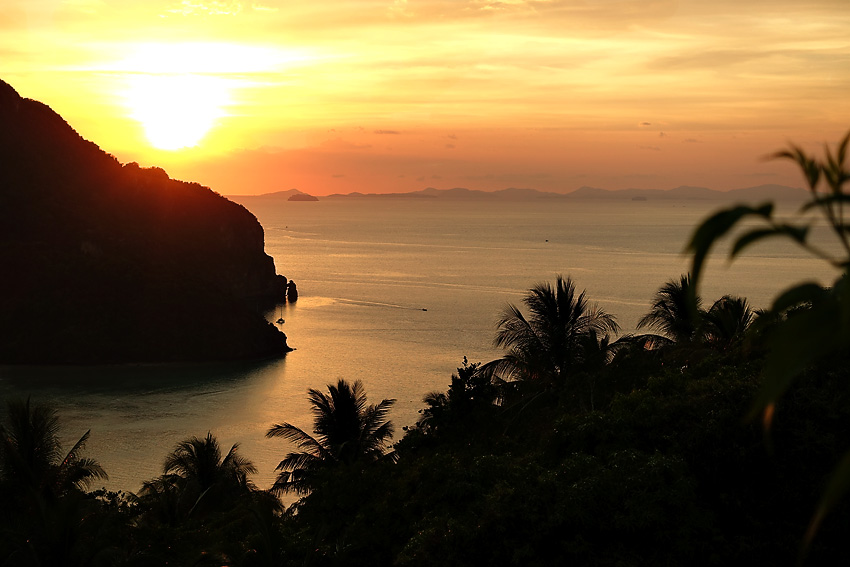 phi-phi-viewpoint-#2-sunset