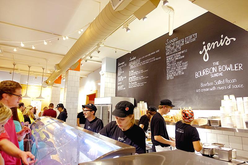 Jeni's-Splendid-Ice-Cream-Shop-04