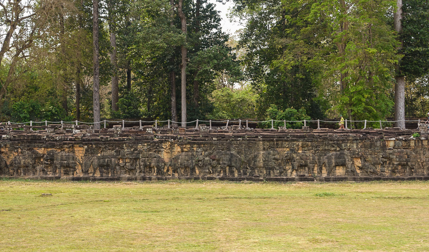 angkor-tom-elephant-terrace