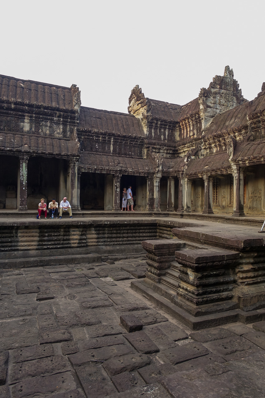 angkor-wt-first-level-gallery