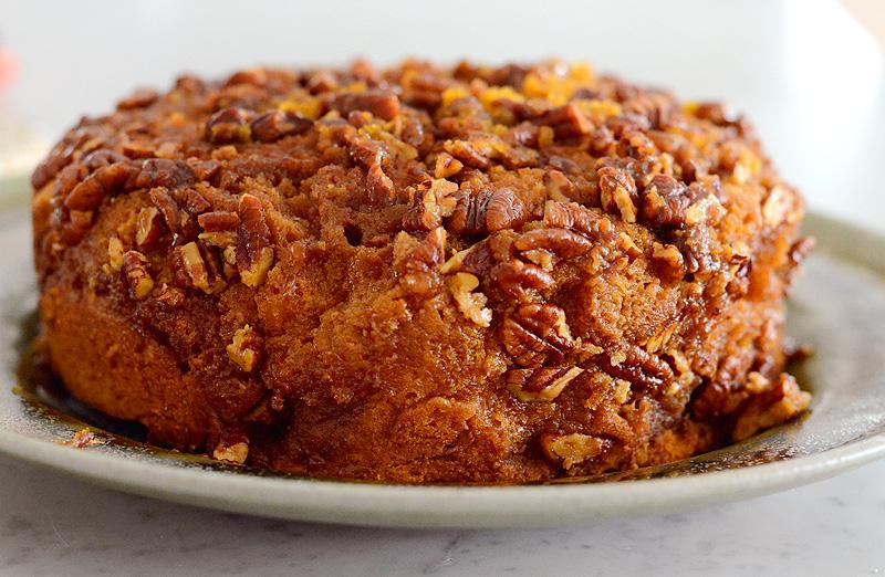 Pecan-Praline-Pumpkin-Upside-Down-Cake-04