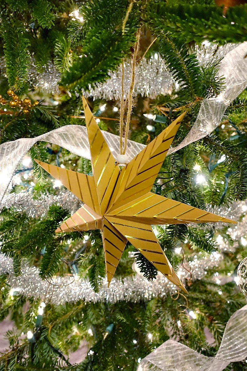 Holiday-Decor-Silver-Gold-Christmas-Tree-Paper-Star