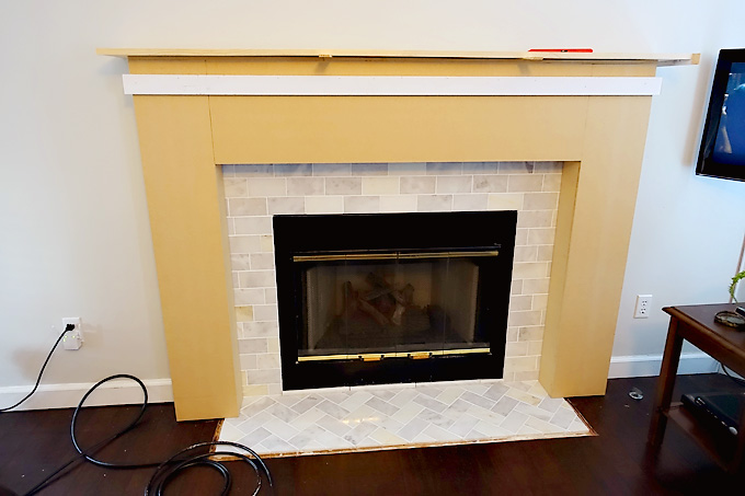 Fireplace-Makeover-DIY-Mantel-02