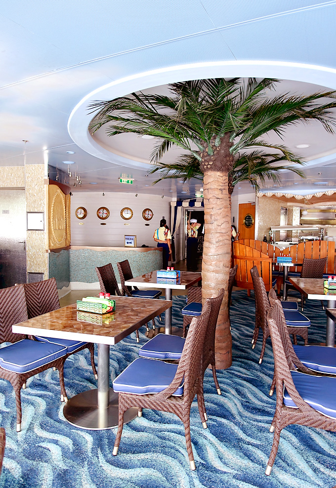 3-Day-Disney-Bahamian-Dream-Cruise-Cabanas-Buffet