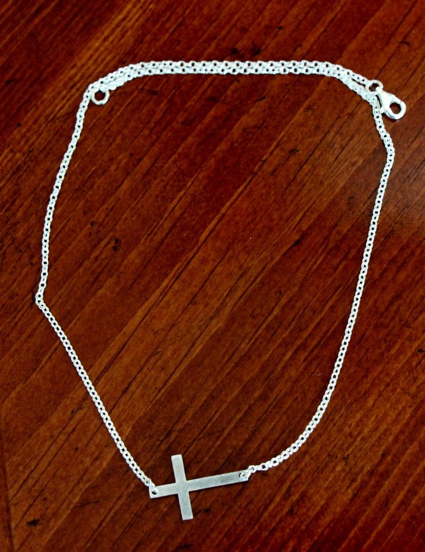 Sideways Cross Christian Faith Necklace Kandsimpressions