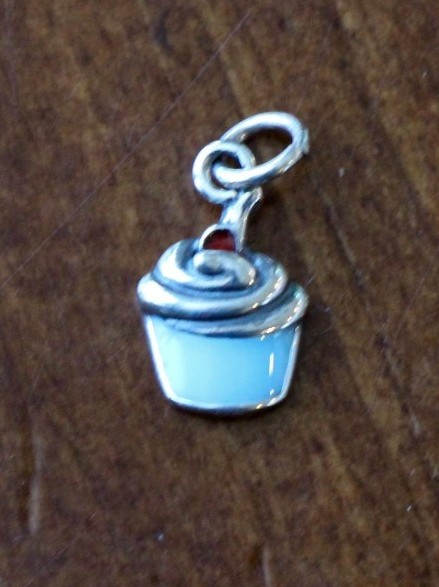 Cupcake Charm Sterling Silver Kandsimpressions