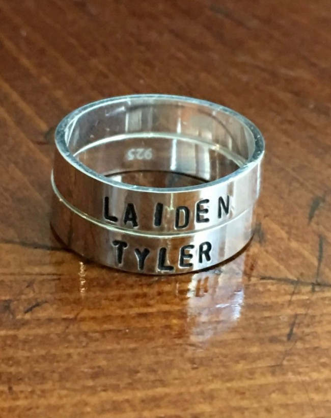 Couples personalized name ring set