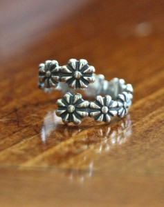 Flower Girl Ring- Daisy Scouts