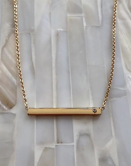 Personalized Gold Bar Necklace With Diamond