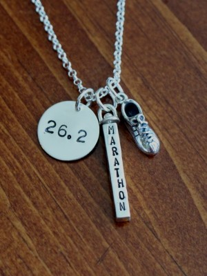 Marathon Runner Necklace Name Distance Kandsimpressions