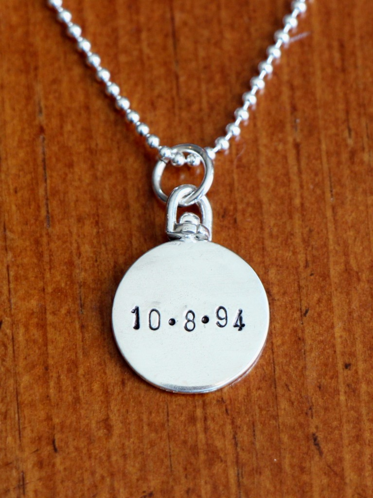 2 Sided Name Circle Necklace Kandsimpressions