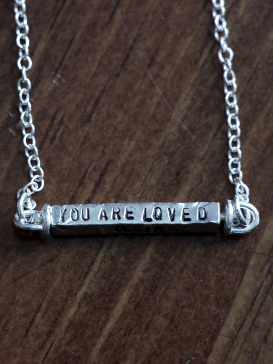 Four Name Personalized Bar Necklace Kandsimpressions