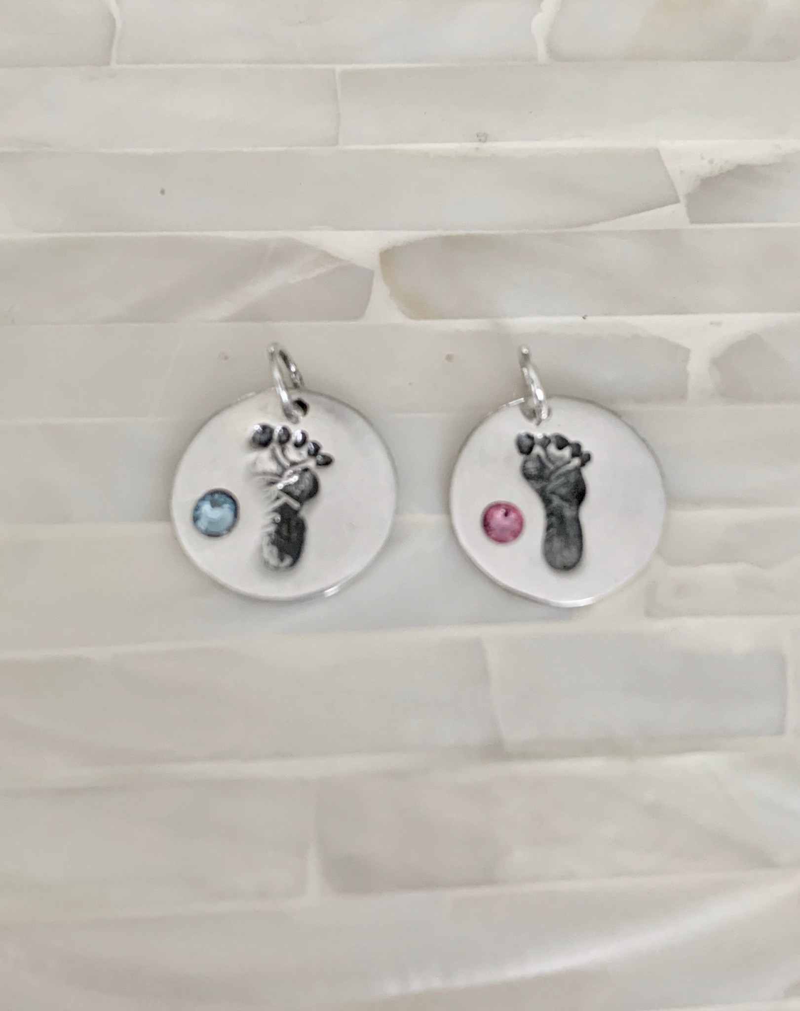 Baby Name Necklace Footprint Charm Kandsimpressions