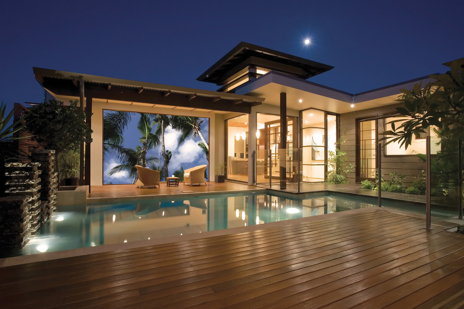 Retractable Movie Screen. Outdoor Home Theater