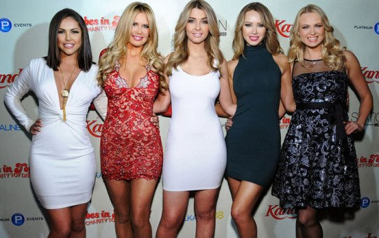 Babes in Toyland 2013 : Hosted by Brande Roderick