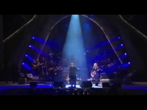 Heart performs Led Zeppelin