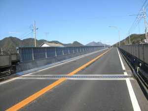 国道27号青葉大橋高欄・遮音壁取替工事