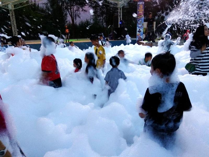 hujan salju di mega wisata ocarina