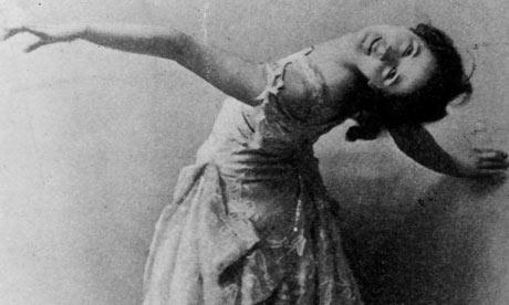 1-Isadora-Duncan