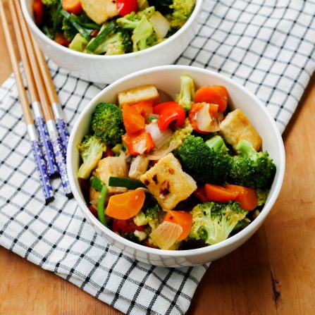 Broccoli and Tofu Stir Fry -  healthy and easy recipe to make