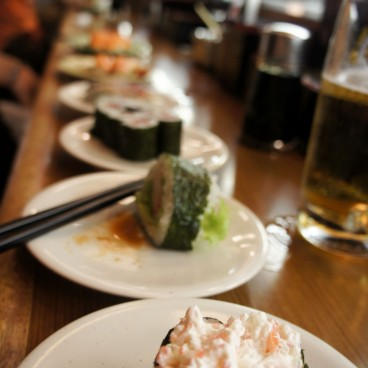 kaiten zushi restaurants de sushi a